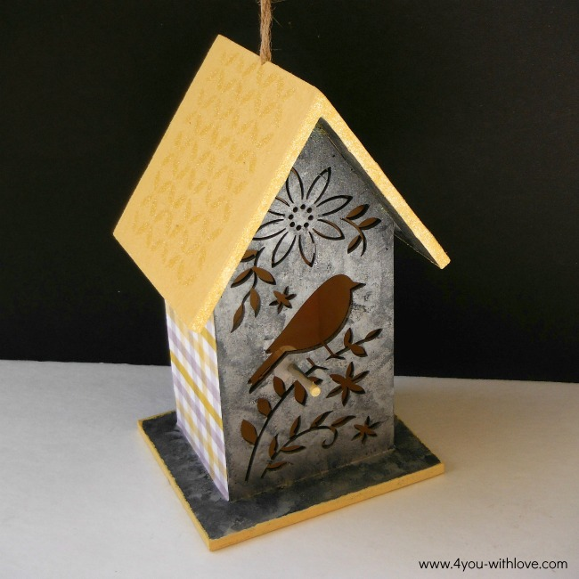 easy painted birdhouse