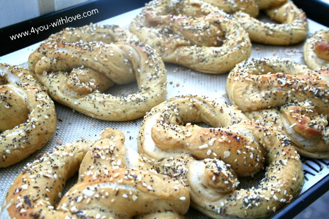 Baked Everything Pretzels