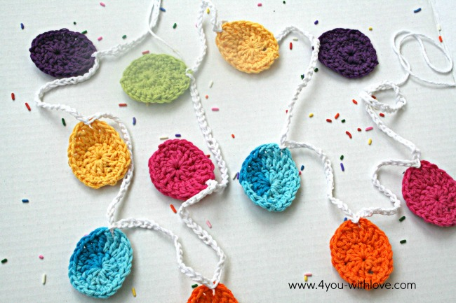Crochet Easter Egg Garland + 16 Additional Easter Projects!