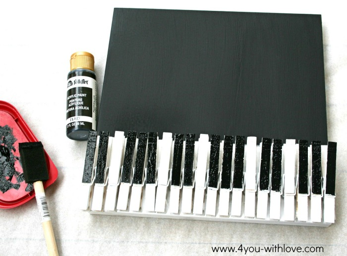 DIY Piano Memo Board