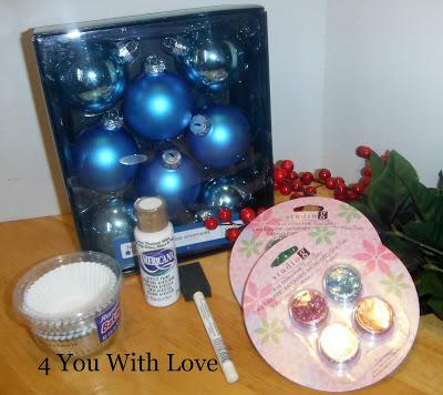 Homemade Holiday Inspiration Day 10 – Cupcake Ornament