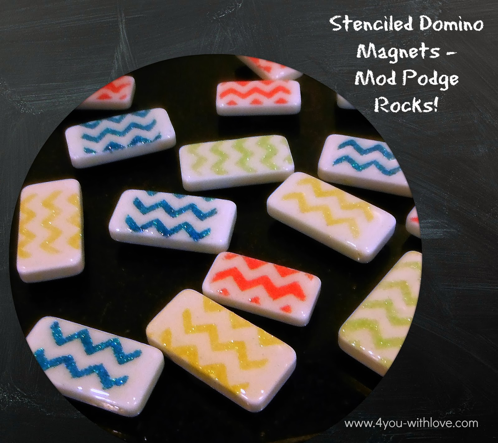 Stenciled Domino Magnets + A Giveaway (#ModPodgeRocks)